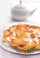 Pikelets With Buttermilk Sauce